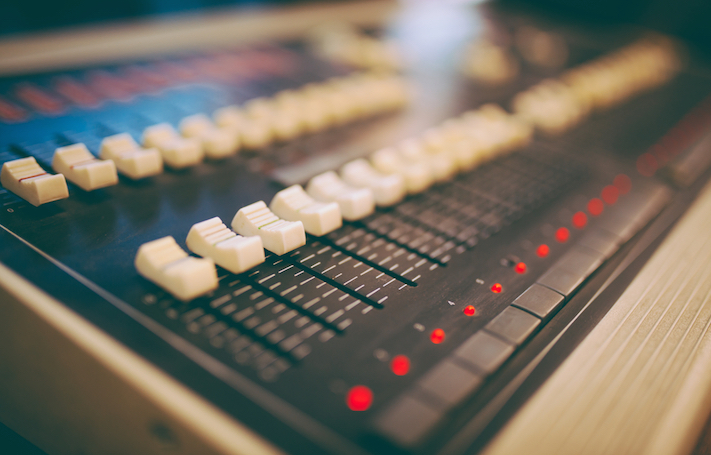 Drown Out the Noise: 8 Tips for Informative Content Creation